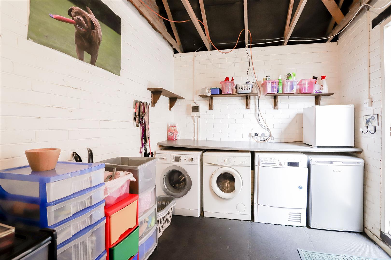 3 Bedroom Detached House For Sale - 17.jpg